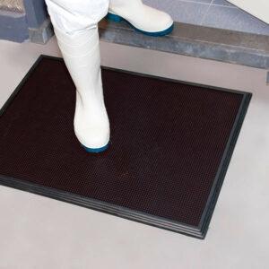 Sani-Trax fertőtlenítő folyadékos, higiéniai szennyfogó szőnyeg